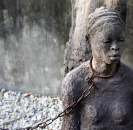 La tratta, un crimine contro l'umanità