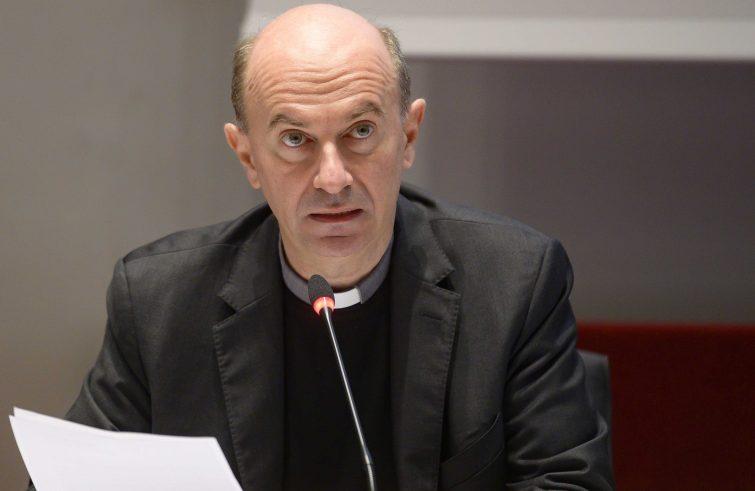 Mons. Russo: un'altra narrazione